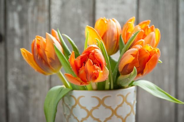 Bouquet de tulipes orange