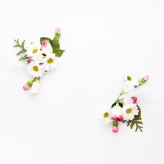 Bouquets de petites fleurs