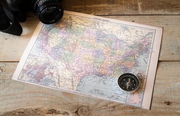 Boussole sur la carte de l'amérique du nord