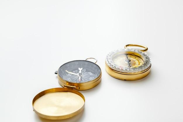 Boussole en métal isolé se bouchent