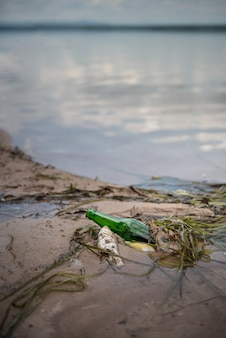 Bouteille déchets pollution
