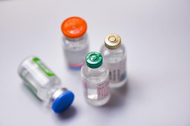 Bouteille de médicament en verre pour aiguille d'injection de seringue