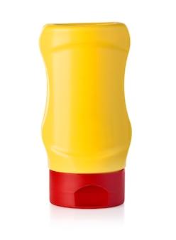 Bouteille de moutarde isolé sur fond blanc