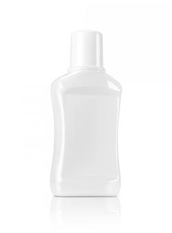 Bouteille en plastique blanc isolé de conditionnement de bouche blanc
