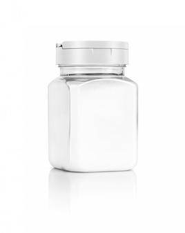 Bouteille de sel d'emballage vide isolé