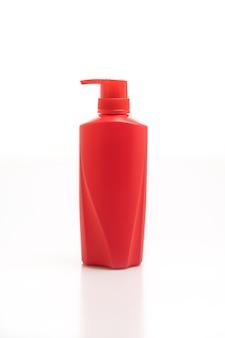 Bouteille de shampoing pour cheveux sur blanc