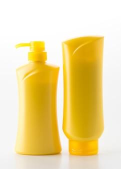 Bouteille de shampooing conditionneur