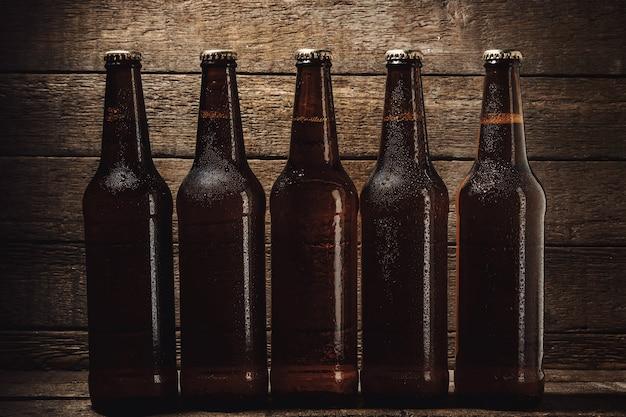 Bouteilles de bière froide