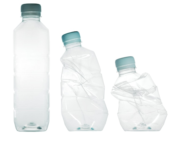 Bouteilles d'eau en plastique. quand il peut être recyclé.