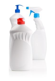 Bouteilles pour le nettoyage de la cuisine