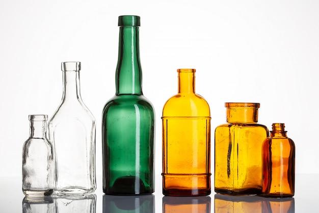 Bouteilles vintage de pharmacie ou de pharmacie