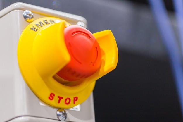 Bouton d'urgence pour presse à main