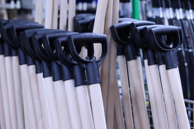 Boutures pour outils de construction de pelles pour la maison