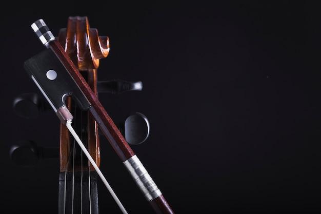 Bow près de la culture du violoncelle