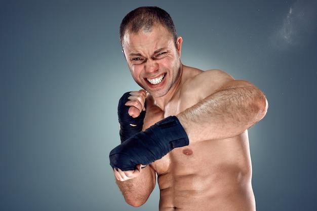 Boxe jeune boxeur