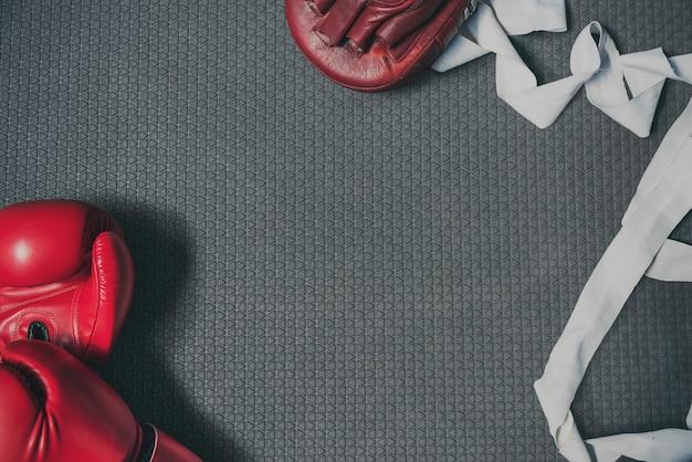 Boxeur, poinçonnage, autodéfense, fort, athlète, battement, concept