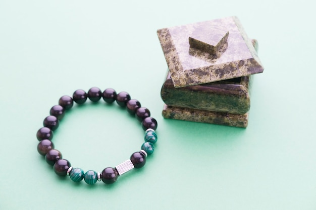 Bracelet homme en agate et malachite