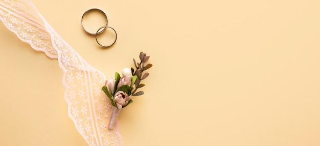 Branche de petite feuille de concept de mariage de luxe