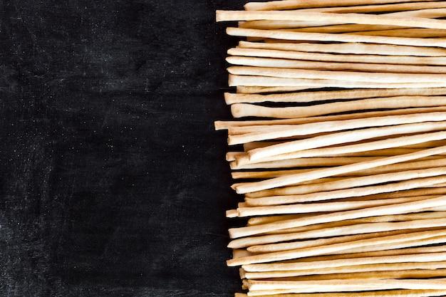 Brickssticks grissini torinesi sur tableau noir