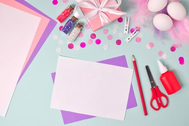 Bricolage en papier pour les vacances de pâques