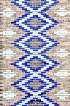 Briques décoratives en céramique colorée