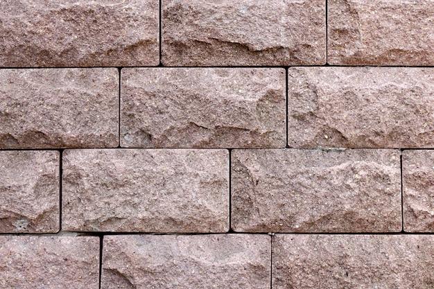 Briques de parement fond rose sale