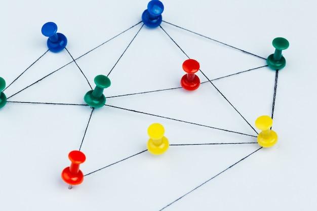Broches connectées création d'un réseau