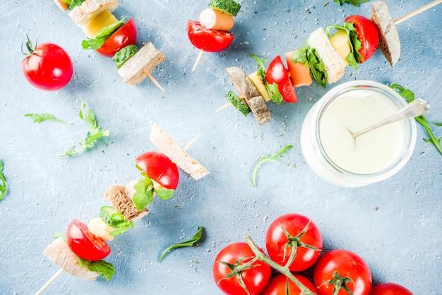 Brochettes de sandwichs à salade