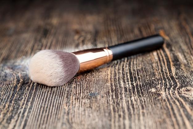 Brosse cosmétique