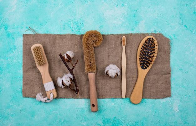 Brosse naturelle zéro déchet, peigne en bois et brosse à dents