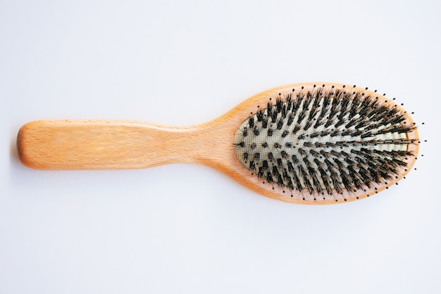 Brosse à poils de sanglier. peigne