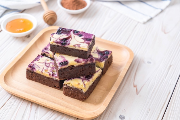 Brownies au fromage et aux bleuets