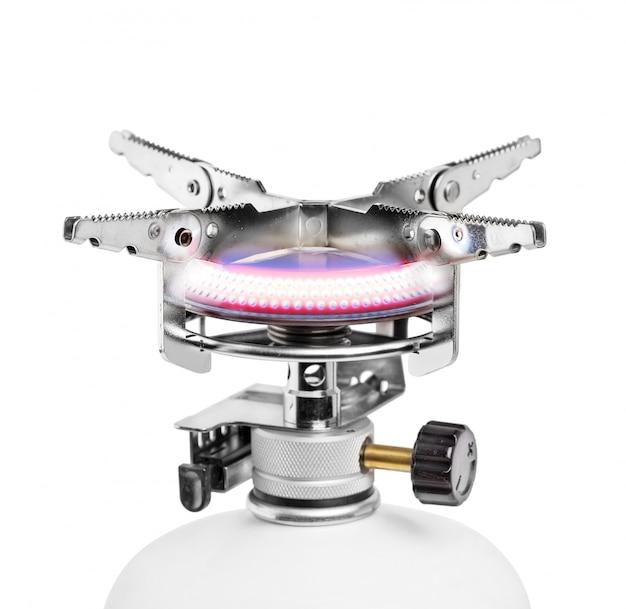 Brûleur à gaz portable isolé sur blanc