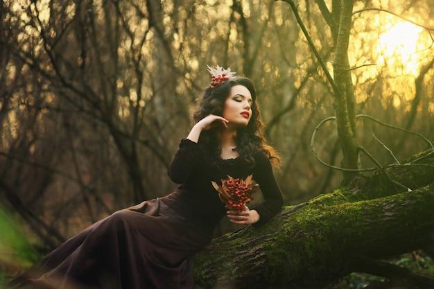 Brunette romantique posant