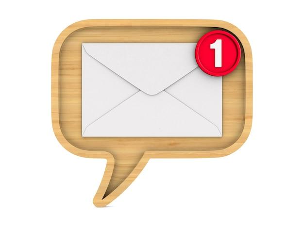 Bulle en bois parler et enveloppe avec notification sur blanc.