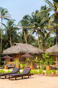 Bungalow sur rge beach à agonda, goa, inde