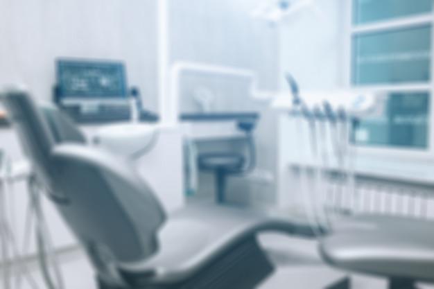 Bureau de dentiste, hygiène dentaire, chaise de dentiste.