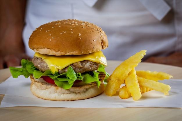 Burger au porc