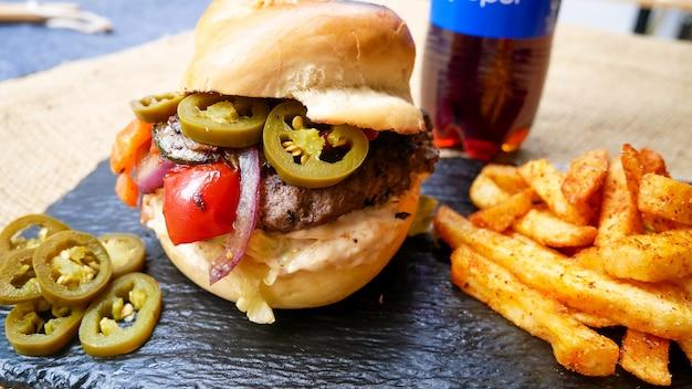 Burger et boisson