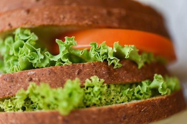 Burger pain close-up fait maison délicieux plats savoureux