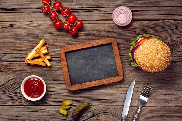 Burger à plat avec tableau