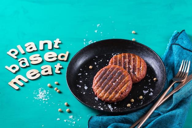 Burgers à base de viande végétale réduisant l'empreinte carbone