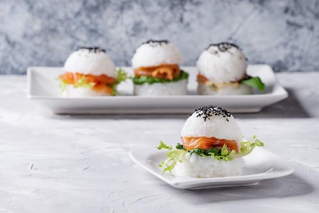 Burgers de sushi au riz