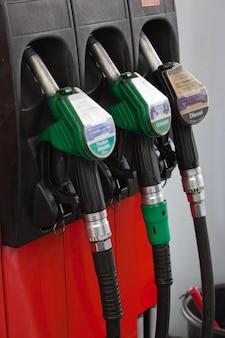 Buses de pompes à essence
