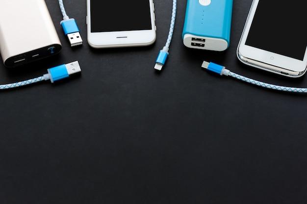 Câble de chargement usb pour smartphone et tablette en vue de dessus