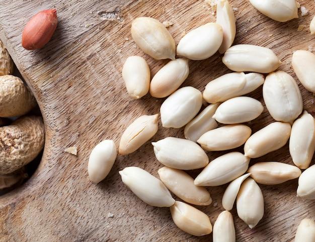 Cacahuètes sur la table