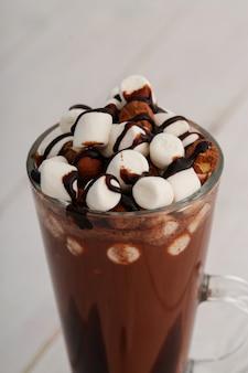 Cacao chaud avec guimauve