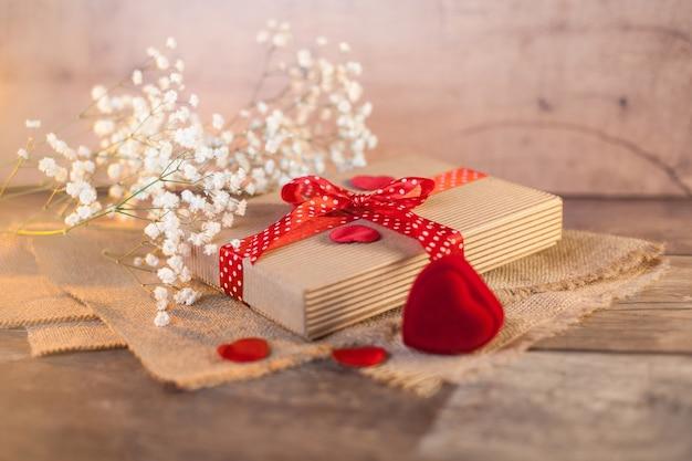 Cadeau mignon le jour de la saint-valentin