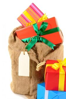 Cadeau sac père noël avec des cadeaux