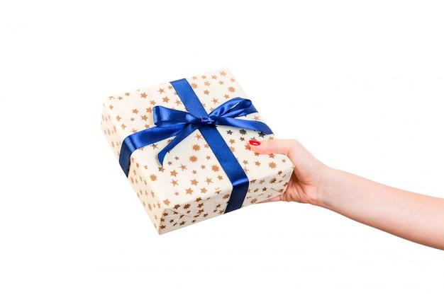 Cadeau de saint valentin bouchent sur blanc